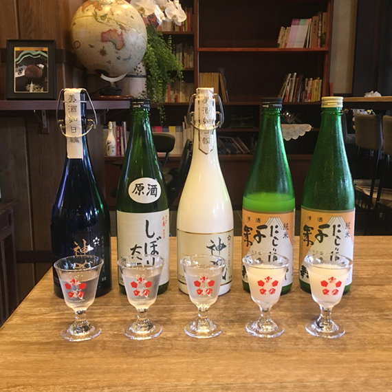 Report!松井酒造蔵内の試飲スペース【酒中仙】